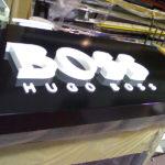 luminoso_hugo_boss